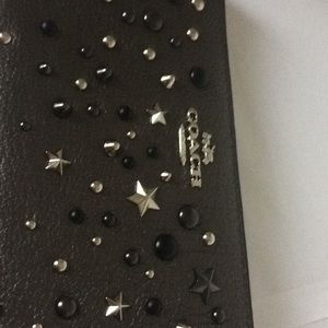 quite nice d18ff 78a1d COACH 59489 ZIP AROUND STAR STUDDED WALLET NWT